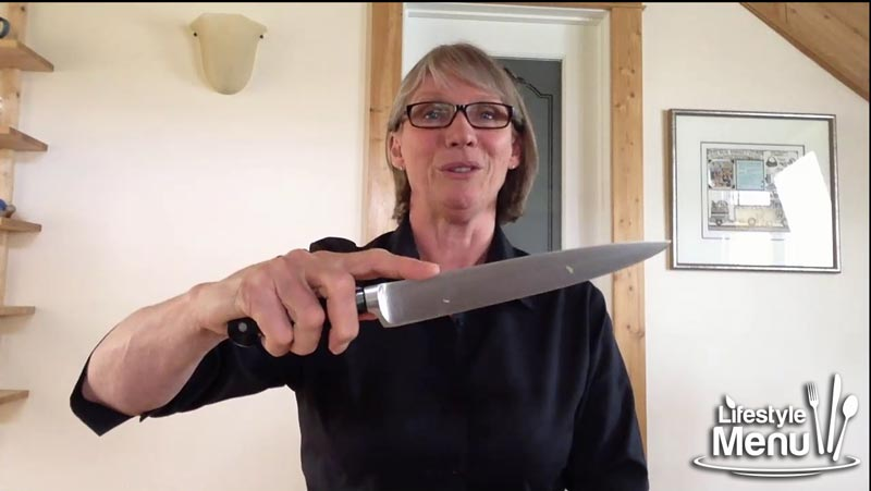 how to use a chefs knife - screenshot  2