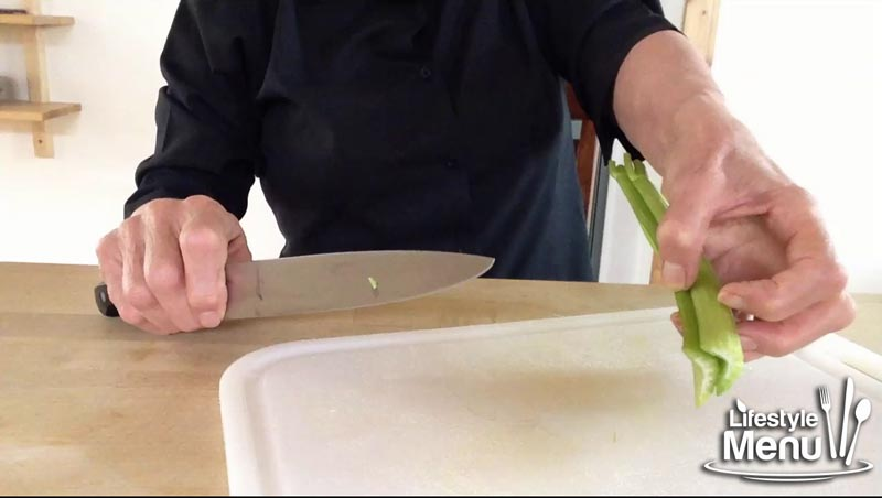 how to use a chefs knife - screenshot  7