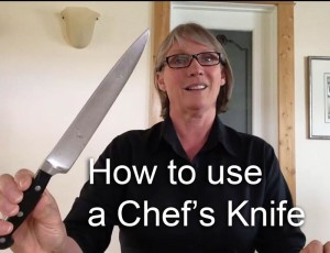 how to hod a chefs knife - thumbnail